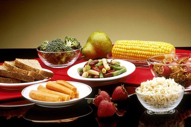 healthy-food-1487350_640